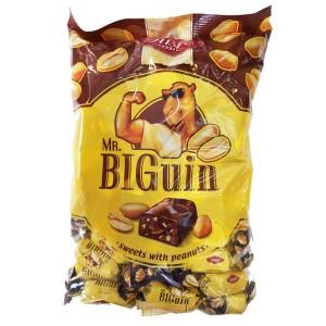 بسته یک کیلویی شکلات بادام زمینی بیگوئین