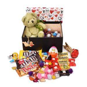 پک هدیه شکلات و عروسک سایز 3 کد H049