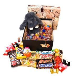 پک هدیه شکلات و عروسک سایز 4 کد H018