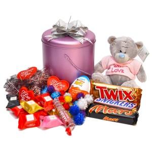 پک هدیه شکلات و عروسک کد H010