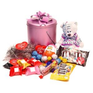 پک هدیه شکلات و عروسک کد H001