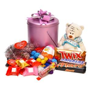 پک هدیه شکلات و عروسک کد H002
