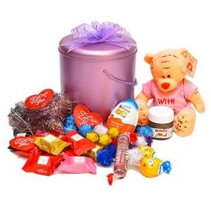 پک هدیه شکلات و عروسک کد H007