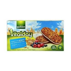 Gullon Vitalday Yoghurt Sandwich with Oat & Red Fruits
