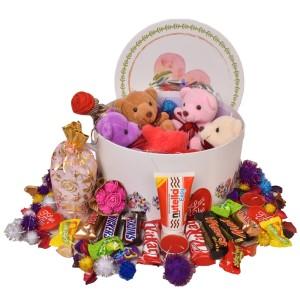 پک هدیه شکلات و عروسک کد H119