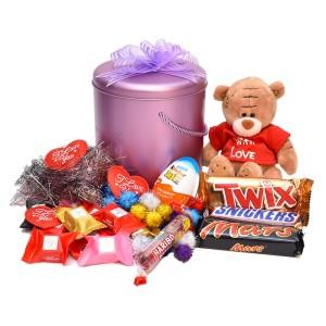 پک هدیه شکلات و عروسک کد H005
