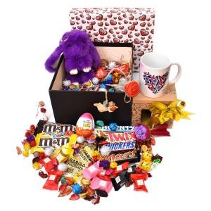 پک هدیه شکلات و عروسک سایز 3 کد H022