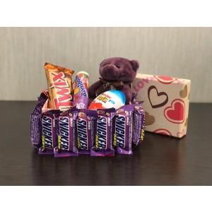 پک هدیه شکلات مدل مینی اسنیکرز دارک