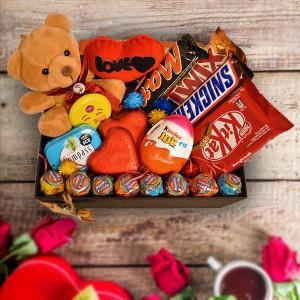پک هدیه شکلات و عروسک کد H200