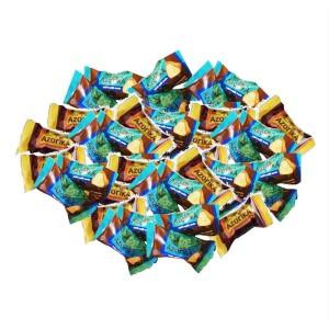 بسته یک کیلویی شکلات ویفری مغزدار آزوریکا