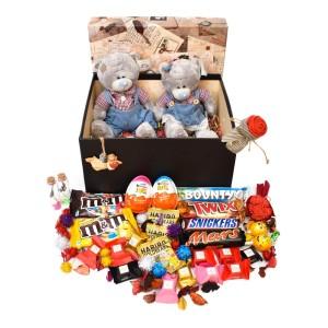 پک هدیه شکلات و عروسک سایز 2 کد H028